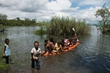 20 Q'eqchi Kids On A Kayak