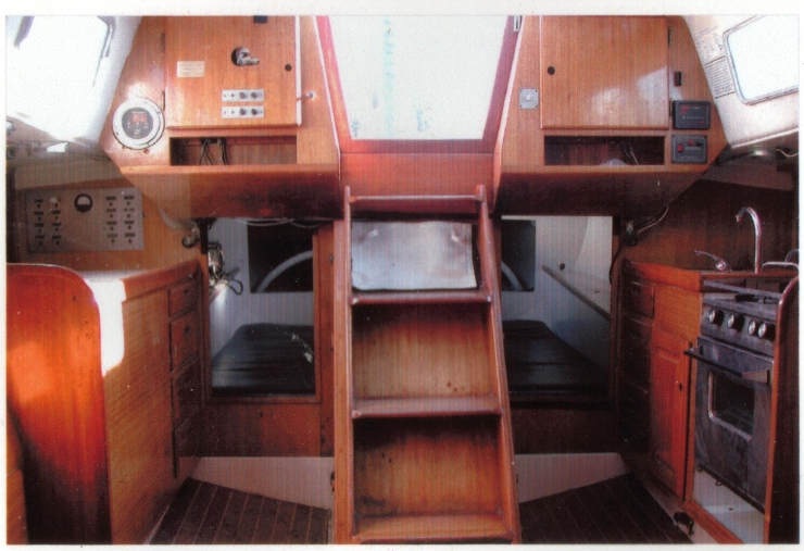 Cal 40 Some interior shots of my Cal 40 Cruisers