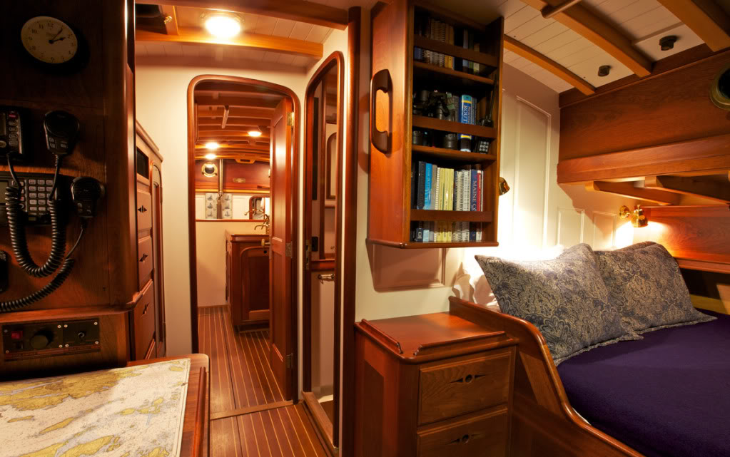 Stunning Sailboat Interior Design Ideas Photos