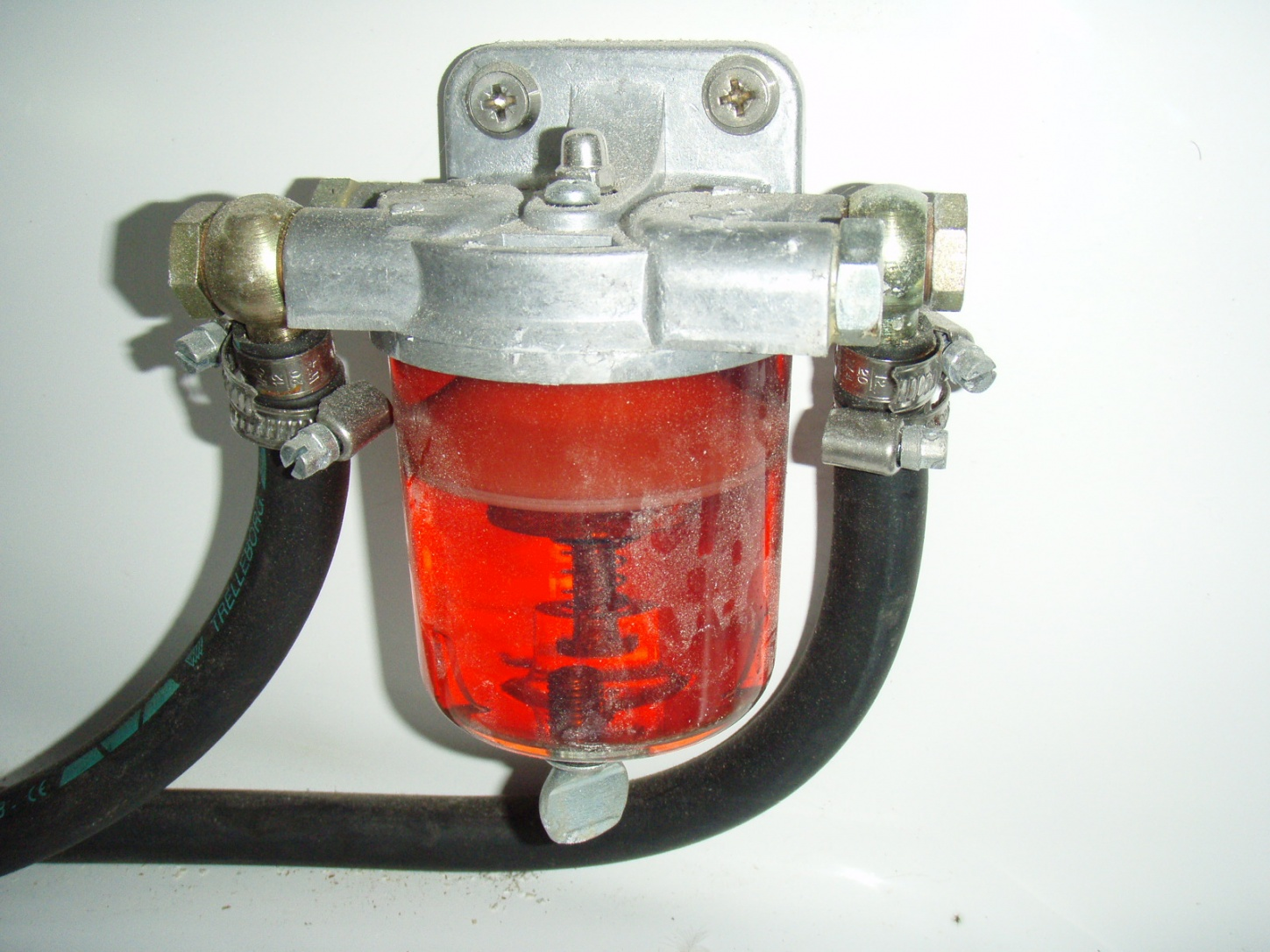 Click image for larger version  Name:Water_Separator_3dia_4inch_tall.jpg Views:302 Size:402.5 KB ID:10058