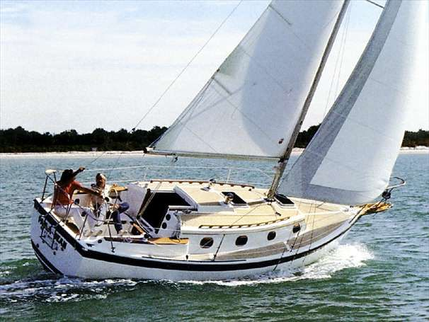 Click image for larger version  Name:COM-PAC 27 1989  $18K Sailing 2.jpg Views:57 Size:57.4 KB ID:101874