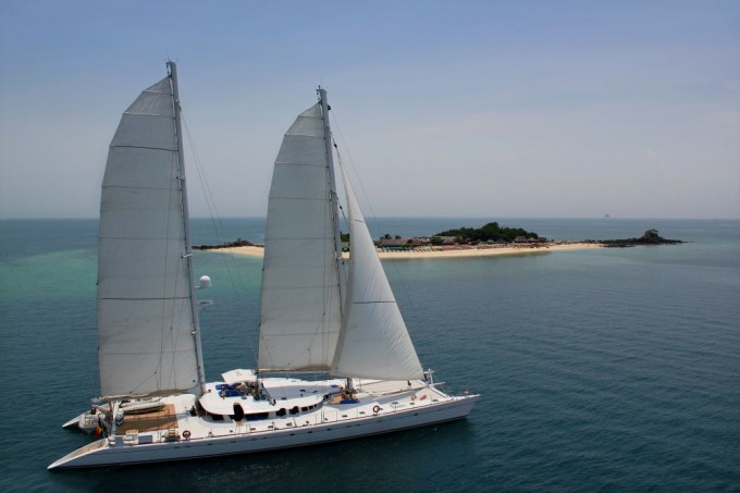 Click image for larger version  Name:DOUCE FRANCE - Main-138 ft by 50 ft.jpg Views:47 Size:49.1 KB ID:102046