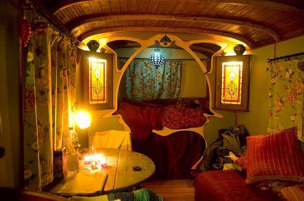 Click image for larger version  Name:Gypsy Van Interior 7.jpg Views:83 Size:49.4 KB ID:102088