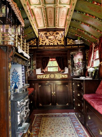 Click image for larger version  Name:Gypsy Van Interior 1.jpg Views:141 Size:61.6 KB ID:102092