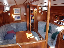 Click image for larger version  Name:Malö 34 1993 $99K Saloon.jpg Views:46 Size:49.2 KB ID:102637