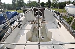 Click image for larger version  Name:Sabre 34 Centerboard 1983 $10K cockpit.jpg Views:4448 Size:269.2 KB ID:102959