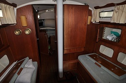 Click image for larger version  Name:Sabre 34 Centerboard 1983 $10K Saloon2.jpg Views:4656 Size:223.8 KB ID:102963