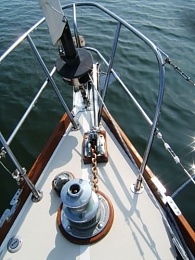 Click image for larger version  Name:Windlass.jpg Views:118 Size:60.7 KB ID:103271
