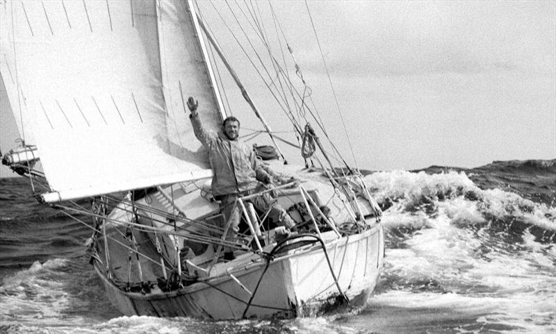 Click image for larger version  Name:Robin Knox Johnston on Suhaili Photo by Bill Rowntree.jpg Views:931 Size:72.3 KB ID:103322
