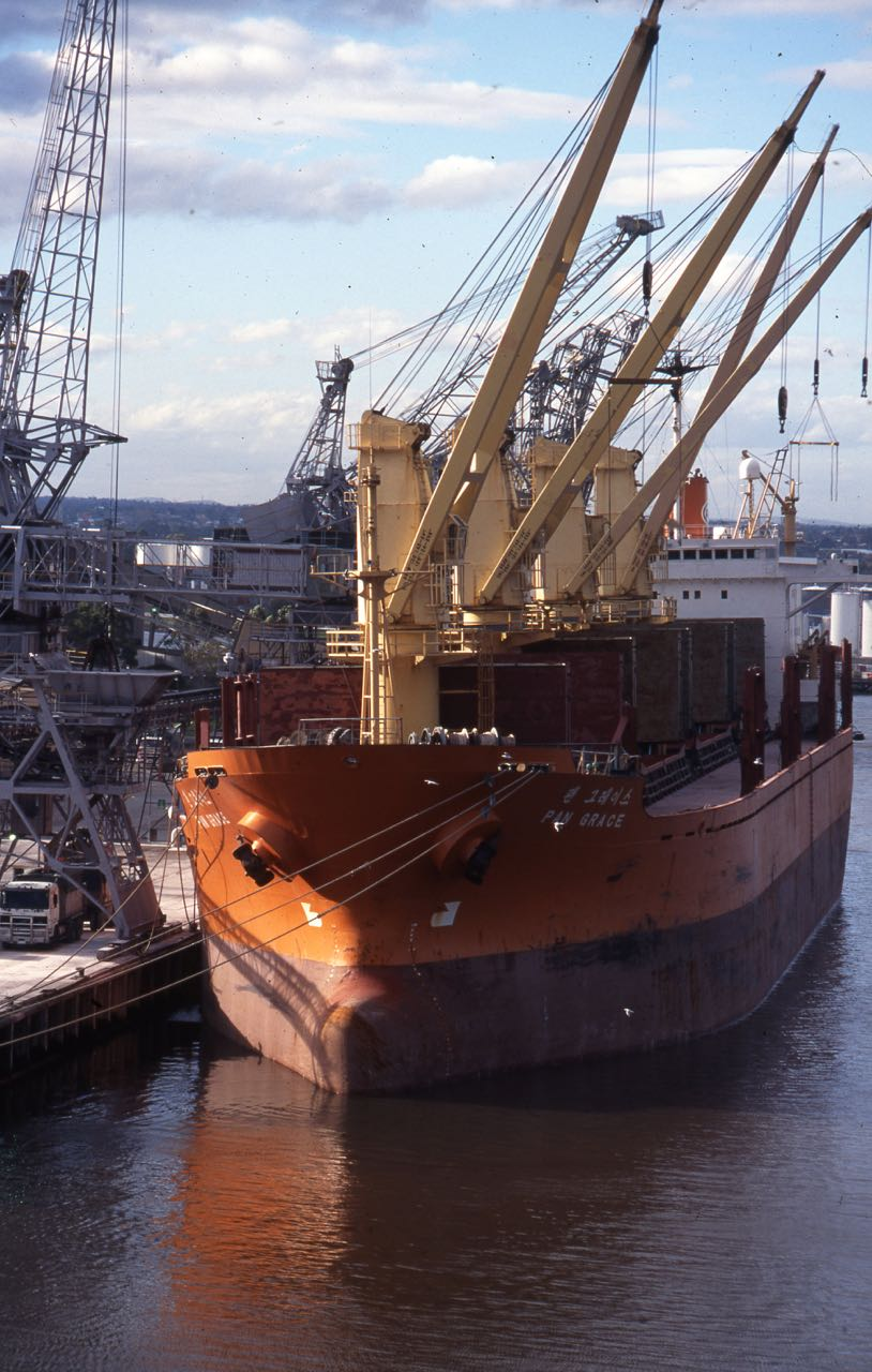 Click image for larger version  Name:ships266.jpg Views:107 Size:159.9 KB ID:104039