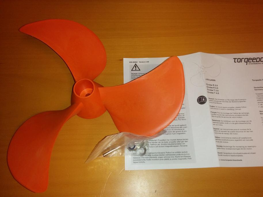 Click image for larger version  Name:propeller.jpg Views:126 Size:64.2 KB ID:104086