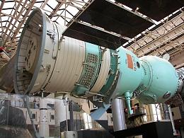 Click image for larger version  Name:Soyuz_NASM2009RK_04.jpg Views:99 Size:361.6 KB ID:104452