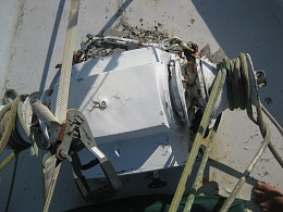 Click image for larger version  Name:anchor winch ozma3.jpg Views:114 Size:411.0 KB ID:105061