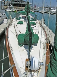 Click image for larger version  Name:Odyssey bow view.jpg Views:695 Size:47.6 KB ID:105278