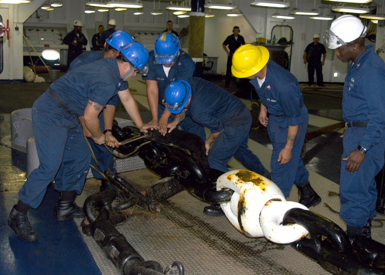 Click image for larger version  Name:US_Navy_051015-N-1189B-064_Deck_Department_personnel_attach_a_pelican_hook_to_the_port_anchor_ch.jpg Views:173 Size:434.4 KB ID:105367