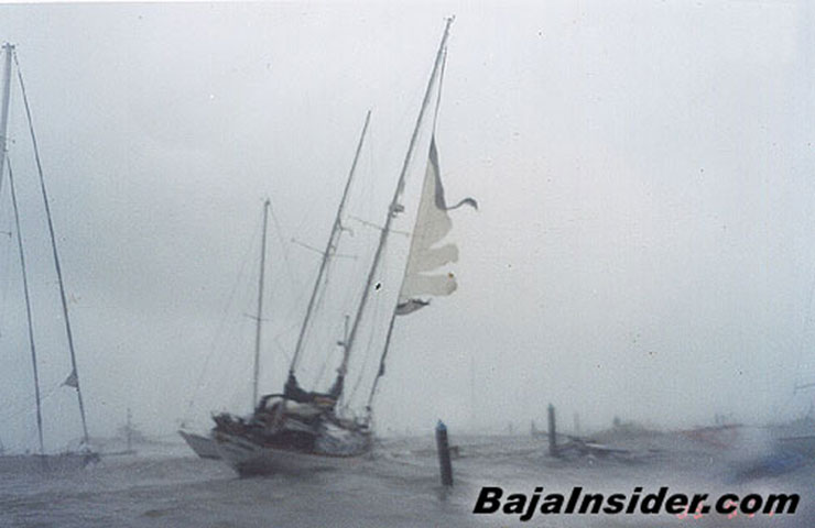 Click image for larger version  Name:Ghostboat.jpg Views:94 Size:42.4 KB ID:10593
