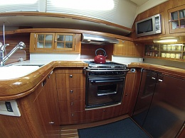 Click image for larger version  Name:Hunter 45cc Galley-sl.jpg Views:504 Size:145.3 KB ID:107087