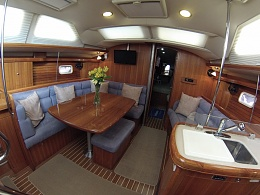 Click image for larger version  Name:Hunter 45cc saloon1-sl.jpg Views:130 Size:141.3 KB ID:107152