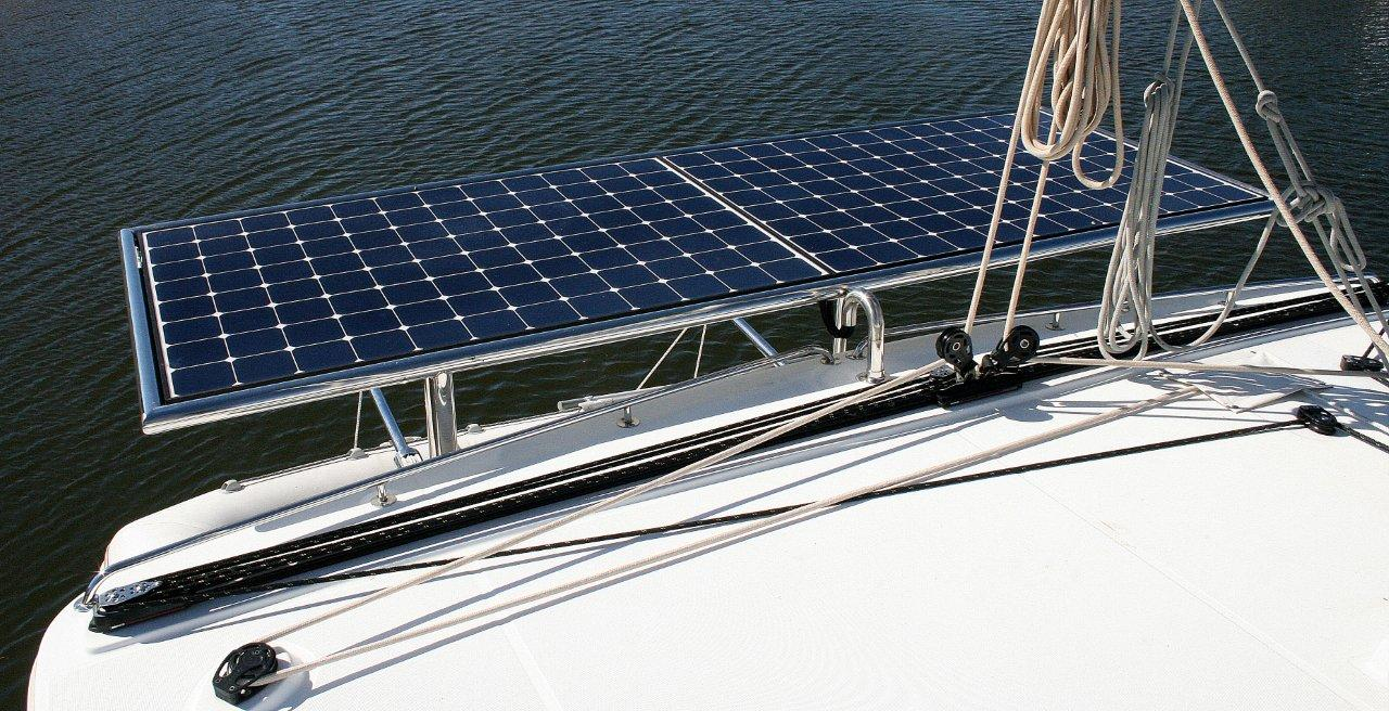 Click image for larger version  Name:Sunpower E20 solar panel on CatNirvana lo-res (1).jpg Views:69 Size:212.0 KB ID:107159