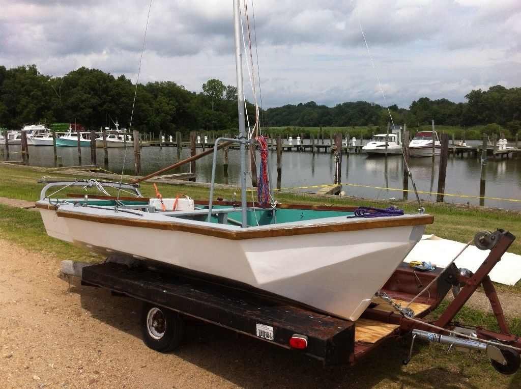 Click image for larger version  Name:ebay boat.jpg Views:331 Size:158.4 KB ID:107438