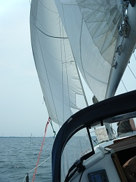 Click image for larger version  Name:Compromise sailing 019.jpg Views:127 Size:403.9 KB ID:107740