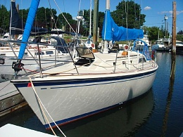 Click image for larger version  Name:Oday 35 1985 $30K dock.jpg Views:767 Size:128.9 KB ID:108249