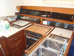 Click image for larger version  Name:Oday 35 1985 $30K Galley.jpg Views:789 Size:93.9 KB ID:108251