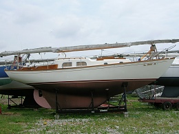 Click image for larger version  Name:Pearson Vanguard 32ft 1964 hard 1.jpg Views:728 Size:417.5 KB ID:109129
