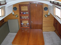 Click image for larger version  Name:Pearson Vanguard 32ft 1964 salon2 .jpg Views:723 Size:412.1 KB ID:109135