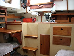 Click image for larger version  Name:Pearson Vanguard 32ft 1964 galley2 .jpg Views:714 Size:409.6 KB ID:109137
