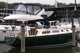 Click image for larger version  Name:Seidelmann 37 Sloop 1980 $30K dock.jpg Views:540 Size:102.9 KB ID:109732