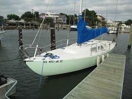 Click image for larger version  Name:Marieholm Folkboat 26 1976 $2K dock.jpg Views:462 Size:364.8 KB ID:109743