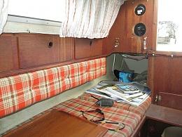 Click image for larger version  Name:Marieholm Folkboat 26 1976 $2K salon2.jpg Views:498 Size:420.0 KB ID:109745