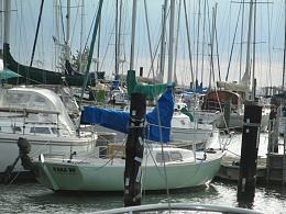 Click image for larger version  Name:Marieholm Folkboat 26 1976 $2K stern.jpg Views:493 Size:421.7 KB ID:109747