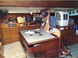 Click image for larger version  Name:Ericson 37 1974 Flush Deck $18K SBL nav.jpg Views:442 Size:77.0 KB ID:110252