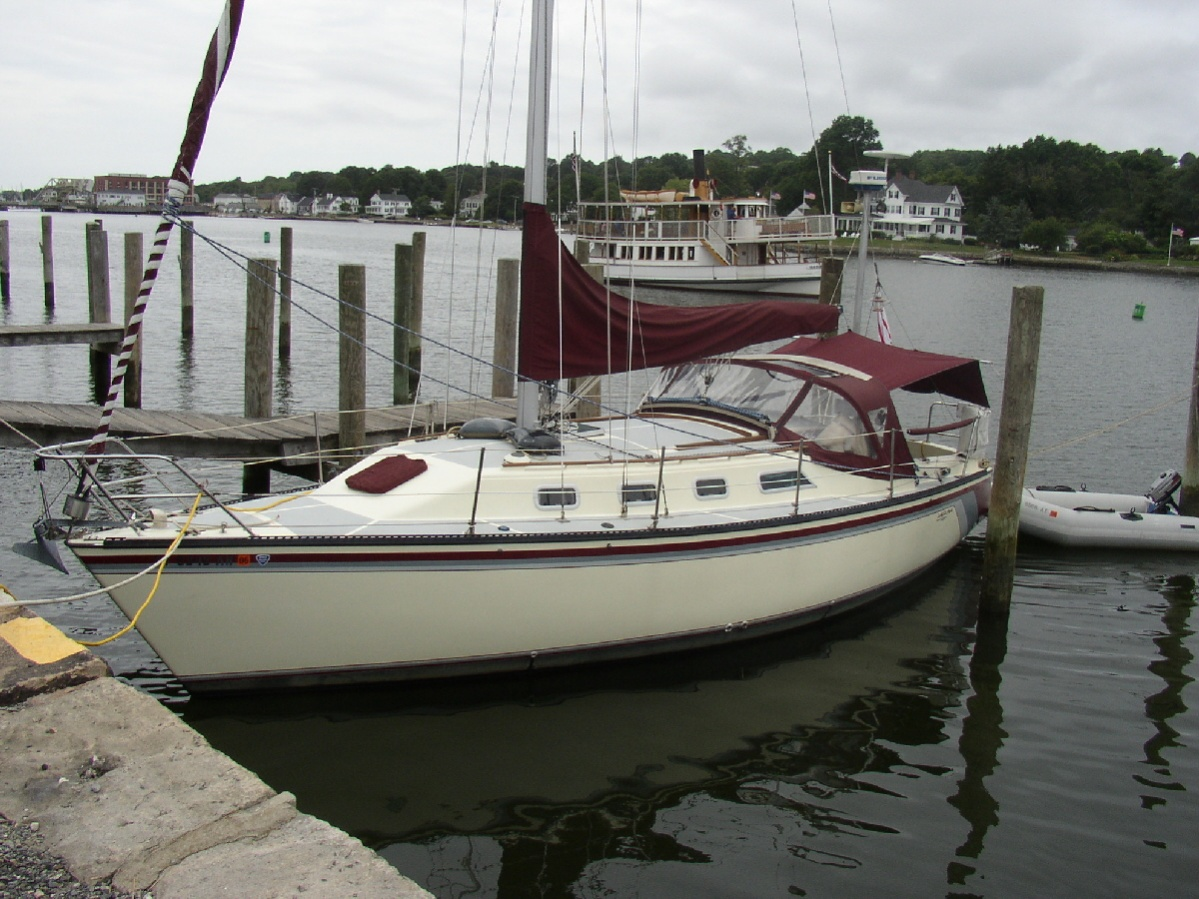 Click image for larger version  Name:At Mystic Seaport.jpg Views:322 Size:356.1 KB ID:110297