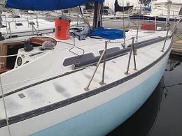 Click image for larger version  Name:Ericson 37 Flush Deck 1975 $14K CL deck.jpg Views:336 Size:37.6 KB ID:110326
