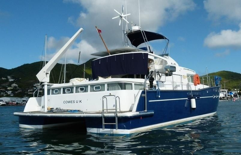 Click image for larger version  Name:Power Cat Lagoon 43 2002 Stern.jpg Views:45 Size:67.3 KB ID:110690