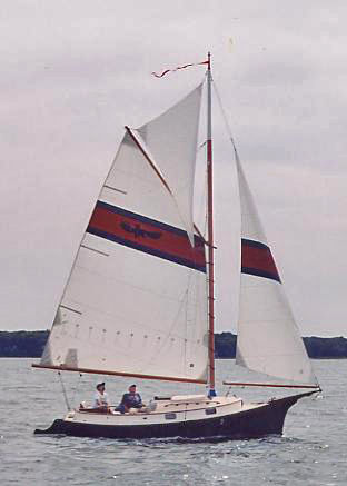 Click image for larger version  Name:Herreshoff Eagle 22ft water2.jpg Views:73 Size:18.8 KB ID:113143