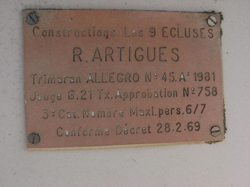 Click image for larger version  Name:Constructions-les-9-Ecluses-R-Artigues-Trimaran-Allegro-No-45-A-1981-28021969.jpg Views:65 Size:72.9 KB ID:113762