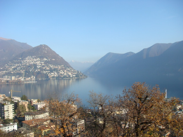 Click image for larger version  Name:Lugano.JPG Views:114 Size:96.4 KB ID:11484