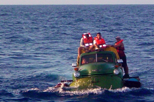 Click image for larger version  Name:Cuba_06_30_09_Migrants.jpg Views:5113 Size:183.3 KB ID:11662