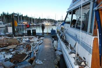 Click image for larger version  Name:boat-explosion5.jpg Views:298 Size:16.9 KB ID:117375