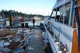 Click image for larger version  Name:boat-explosion5.jpg Views:322 Size:16.9 KB ID:117375