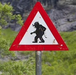 Click image for larger version  Name:Troll - Road Sign.jpg Views:278 Size:17.3 KB ID:117787