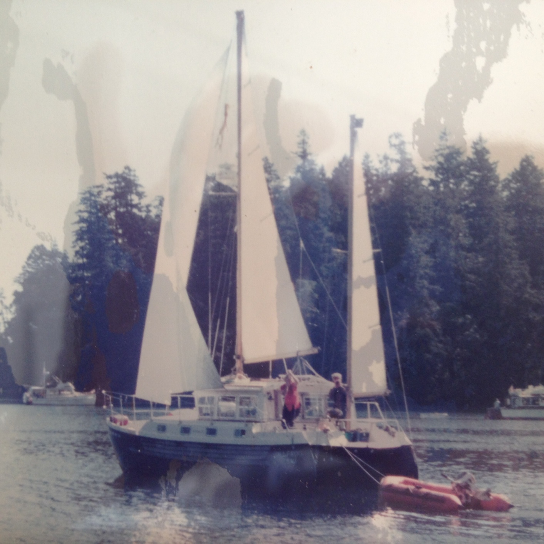 Click image for larger version  Name:Bullfrog sailing.jpg Views:781 Size:413.4 KB ID:118050