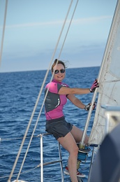 Click image for larger version  Name:Sailing Sunglesses.jpg Views:1004 Size:326.1 KB ID:118129