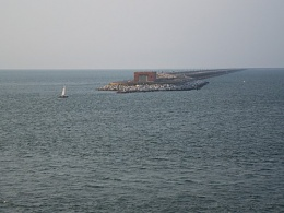 Click image for larger version  Name:Tunnel Island.jpg Views:172 Size:36.3 KB ID:118431