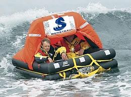 Click image for larger version  Name:Bene life raft.jpg Views:72 Size:57.9 KB ID:118503