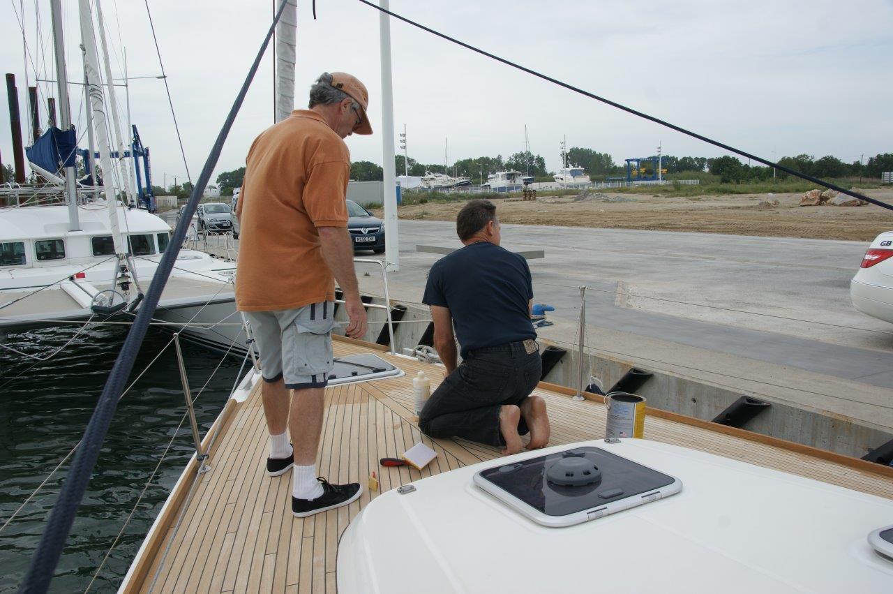 Click image for larger version  Name:Te Anau - Deck Sealing 2013.jpg Views:161 Size:153.3 KB ID:119141